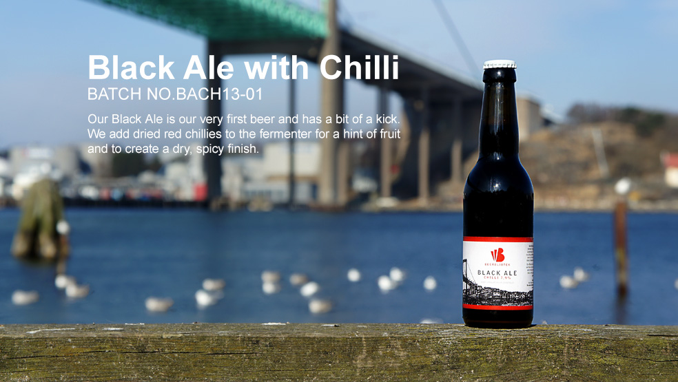 A product poster with a photo of Black Ale Chilli, in front of the Älvsborgs Bridge, where Beerbliotek had their first brewery.