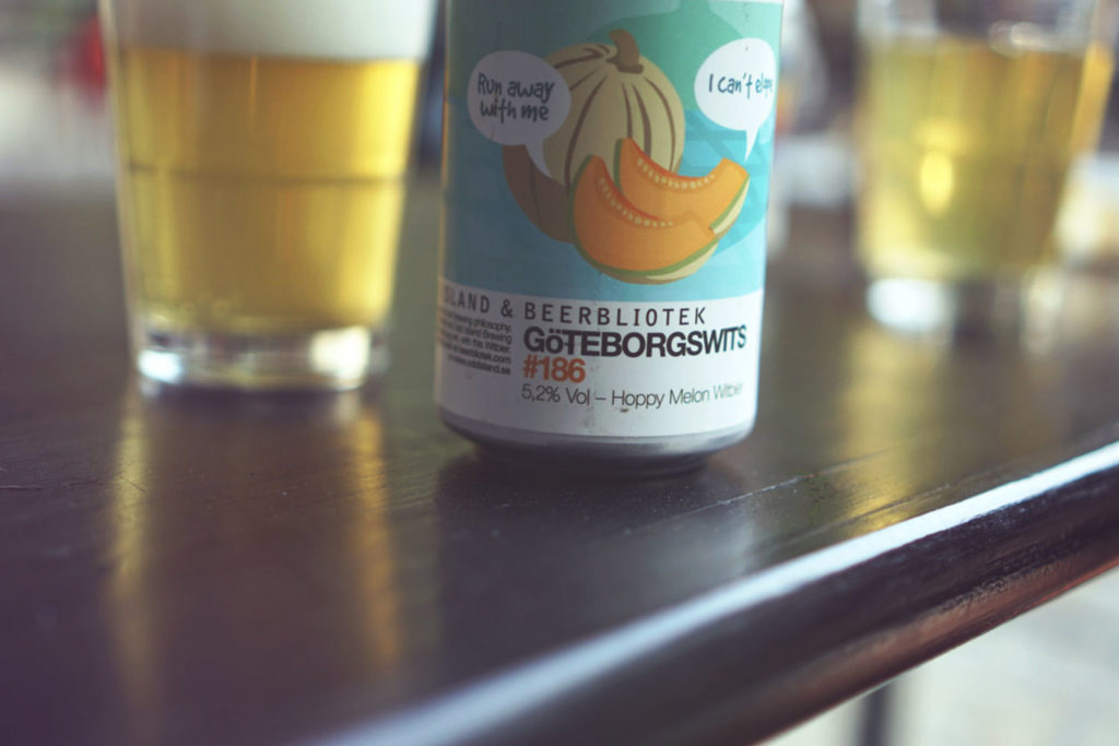 "A can of ""Göteborgswits"", a Witbier brewed by Beerbliotek, in collaboration with Odd Island Brewing."